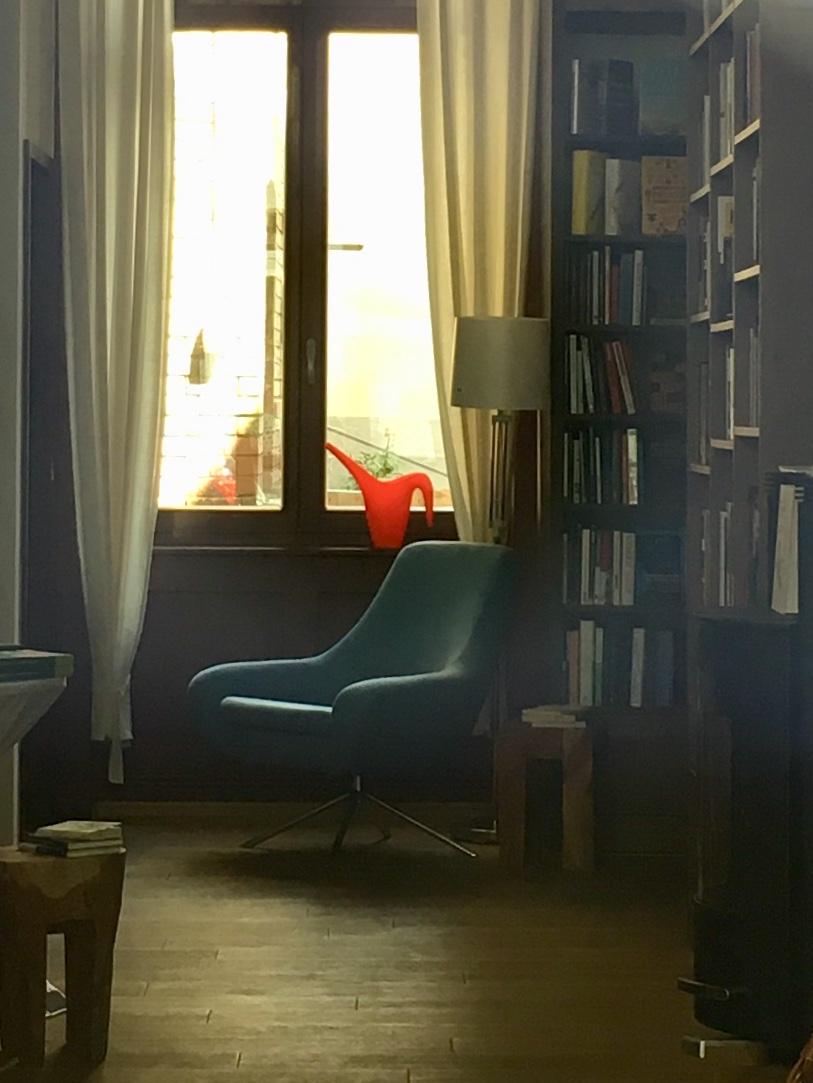 Buch-Café Nero39: A Sanctuary For Book Lovers